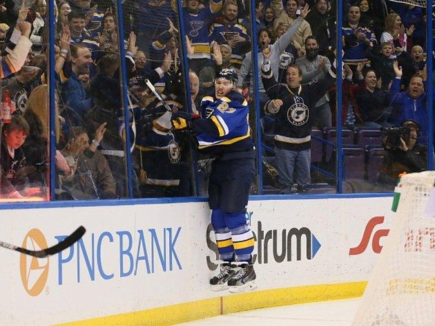 Dmitrij Jaškin ze St. Louis.