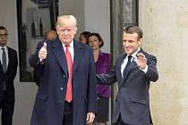 Americký prezident Donald Trump a francouzský prezident Emmanuel Macron v Paříži