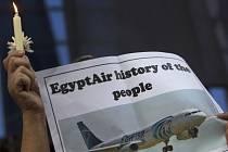 Egypt vrátí příbuzným pozůstatky obětí havárie letounu Egyptair, který se v květnu zřítil za letu z Paříže do Káhiry.