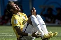 Neymar a bolestivá grimasa