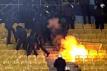 Fanoušci při zápase Austria - Petrohrad