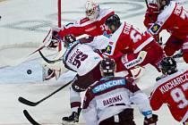 Sparta - Olomouc: Robert Sabolič v akci