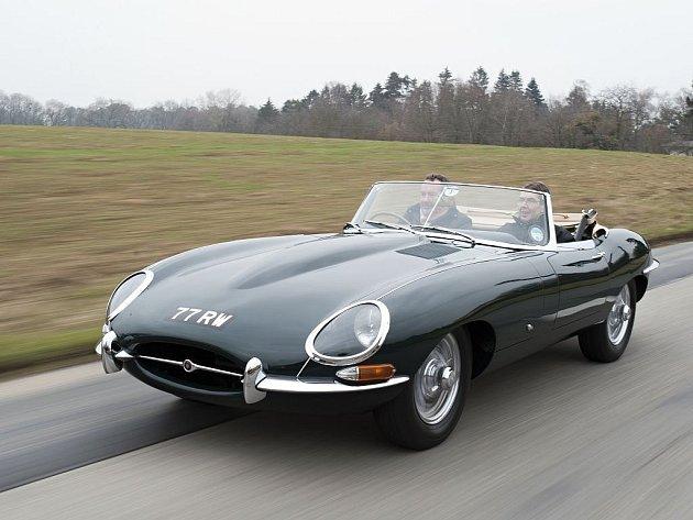 Jaguar E-Type. Ilustrační foto