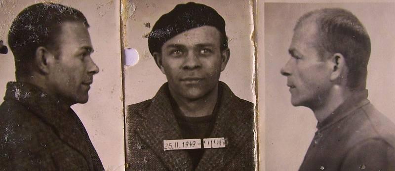 Vězeňská fotografie Josefa Brykse z jeho věznění na Borech