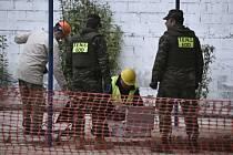 V řecké Soluni od rána evakuovali více než 70.000 lidí ze čtvrtí nacházejících se poblíž místa nálezu nevybuchlé bomby z druhé světové války.