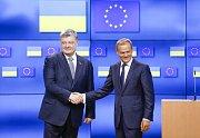 Donald Tusk a Petro Porošenko