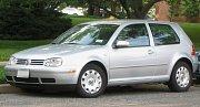 Golf, další z oblíbených vozů Volkswagenu.
