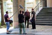 Snímky z natáčení dokumentu Století Miroslava Zikmunda v režii slavného dokumentaristy - cestovatele Romana Horkého.