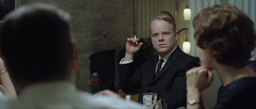Philip Seymour Hoffman jako spisovatel Truman Capote