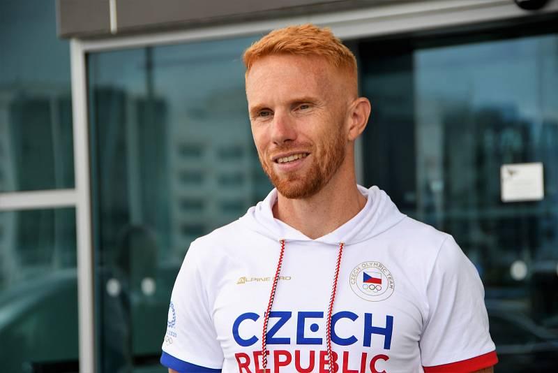 Miroslav Vraštil při odletu na OH do Tokia.