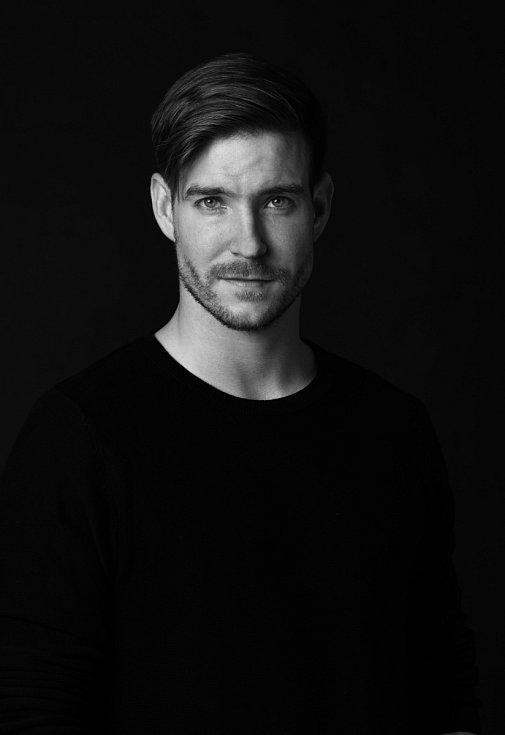 Vladimír se narodil v Ženevě jako syn herečky Chantal Poullain a herce a mima Boleslava Polívky