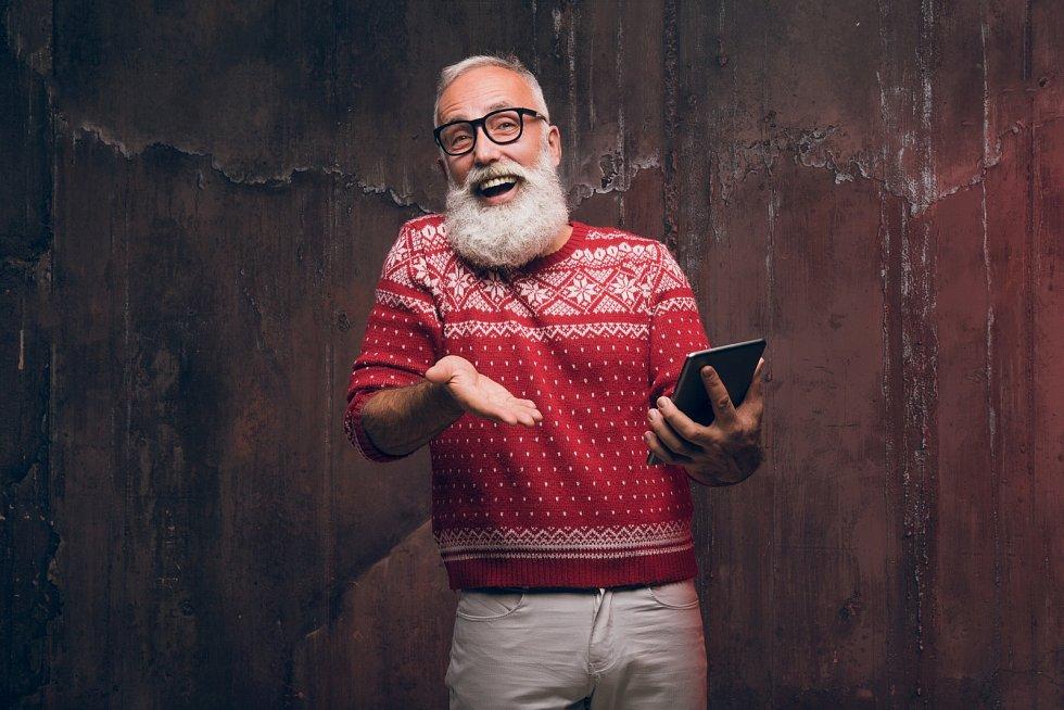 V adventním čase se aktivizují lichváři s nejrůznějšími nabídkami půjček, i proto je nakupování vánočních dárků na úvěr velmi rizikové.