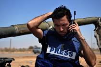 Na jihovýchodě Turecka byli uneseni tři novináři pracující pro tureckou agenturu Anadolu. Agentura únos připsala Straně kurských pracujících (PKK), s níž Ankara obnovila boje.