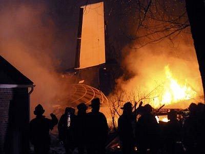 Nehodu dopravního letadla u města Clarence nepřežilo 49 lidí.