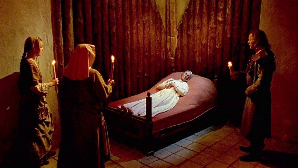 Zdislava z Lemberka byla kanonizována v roce 1995, nedlouho po premiéře filmu