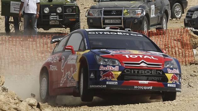 Šotolinové tratě v Jordánsku zatím svědčí vozům Citroën.