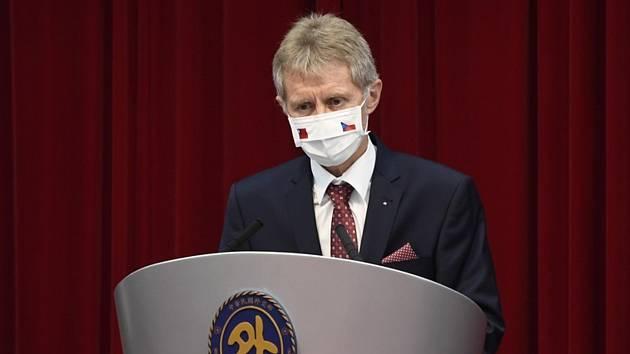 Předseda Senátu Miloš Vystrčil vystoupil 3. září 2020 v Tchaj-peji na tiskové konferenci