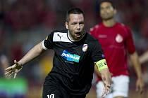 Opora Plzně Pavel Horváth se rsaduje z gólu proti Tel Avivu.