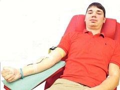 dárce krve, břeclavský hokejista Jakub Klimovič