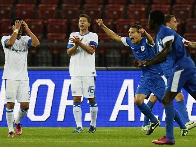 Fotbalisté Liberce uspěli v Curychu 2:1. Takhle se radoval David Pavelka (uprostřed).
