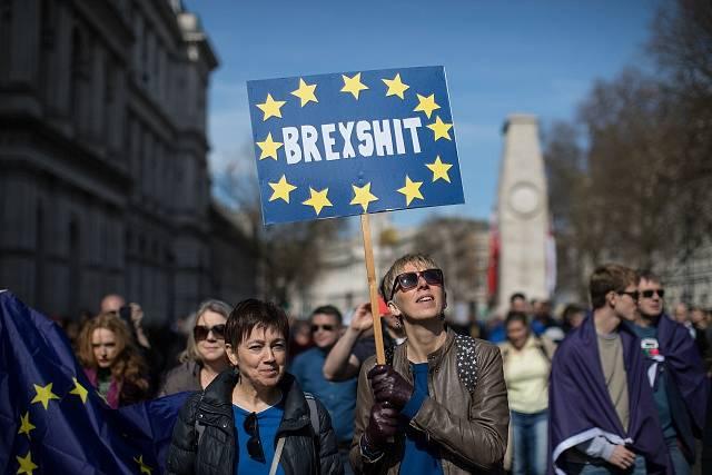 Demonstrace proti Brexitu.