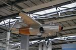 Replika tryskáče Heinkel He 178 v příletové hale letiště Rostock-Laage