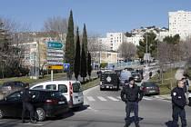 V Marseille vypukla přestřelka gangů, zasahuje stovka policistů