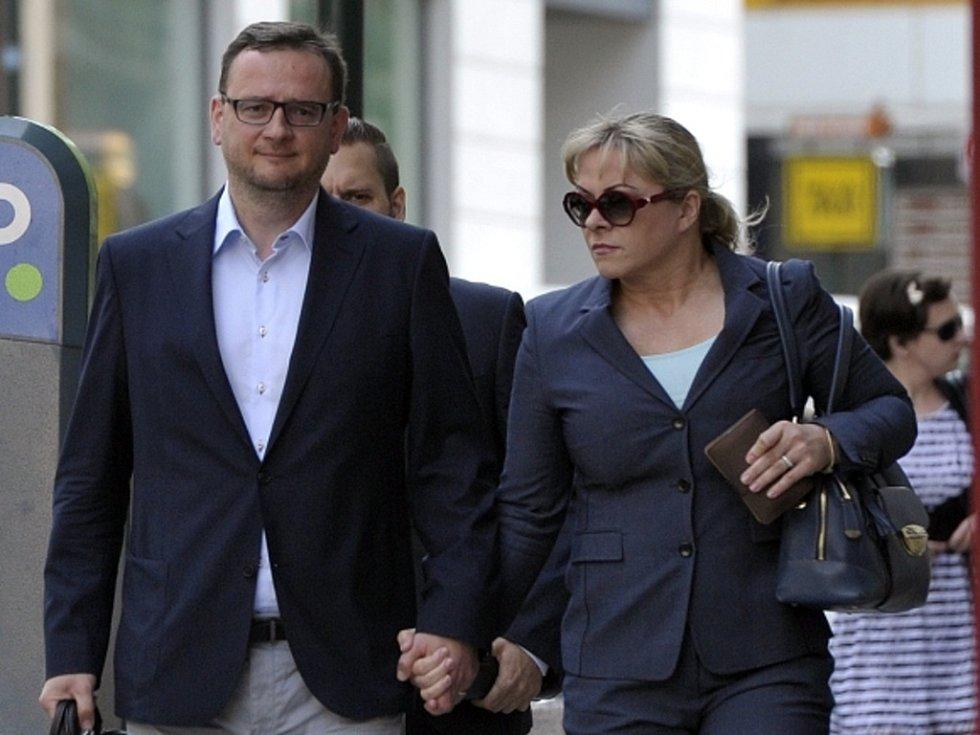 Bývalý předseda ODS Petr Nečas s manželkou Janou Nečasovou (Nagyovou).