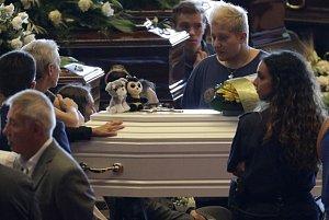 Pohřeb obětí pádu mostu v Janově
