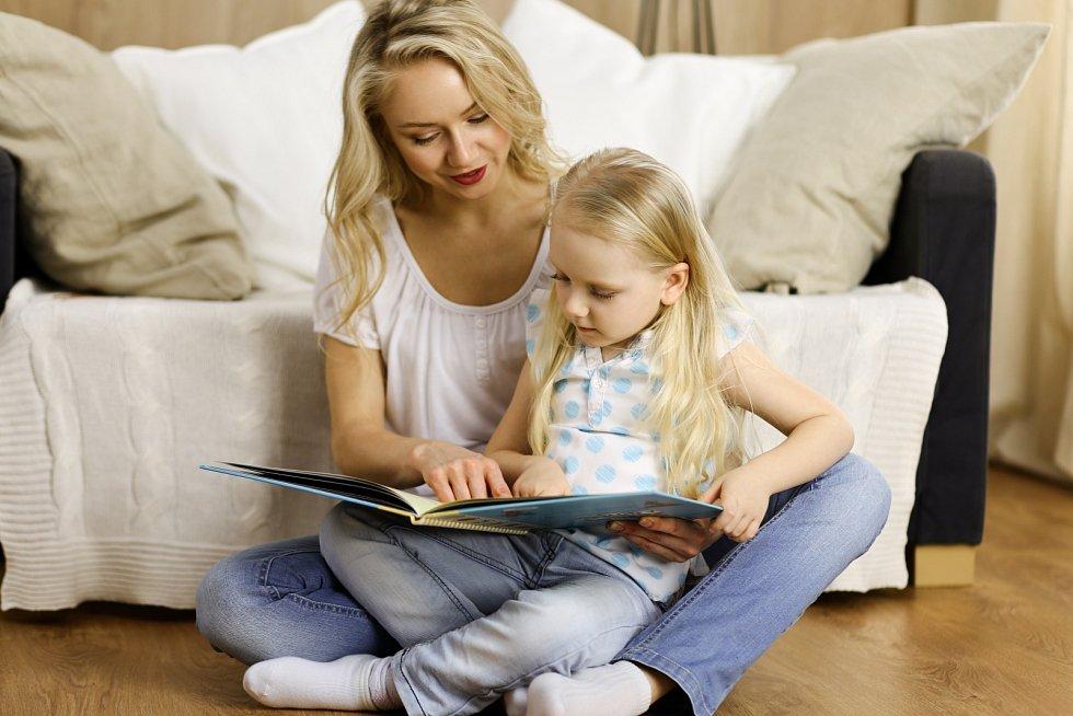 Kniha dokáže upevnit vztah mezi rodičem a dítětem