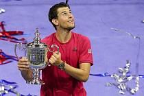 Tenista Dominic Thiem slaví první grandslamový vavřín. Rakouský hráč ovládl letošní US Open po vítězství ve finále nad Němcem Alexandrem Zverevem