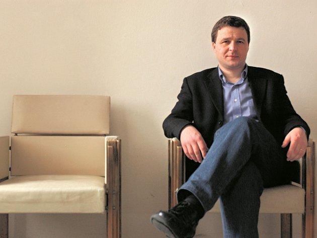 """ZKLAMÁNÍ. Profesor Jiří Přibáň vnímá brexit jako osobní prohru.  """"Dvojí občanství coby symbol evropanství najednou vypadá jako nějaká historická nepatřičnost,"""" říká."""