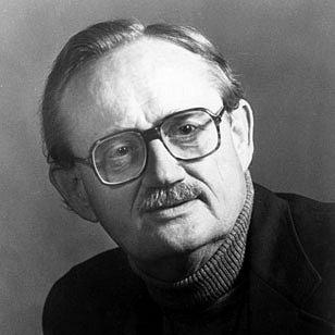 Americký etnomuzikolog Alan Parkhurst Merriam, který zahynul 14. března 1980 v letadle u varšavského letiště