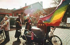 Padesát let míru, lásky a trávy proti systému. Hippie čtvrť Christianie dál žije