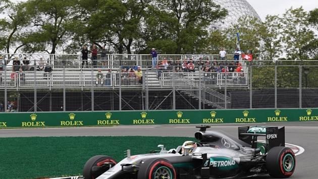 Lewis Hamilton v tréninku na Velkou cenu Kanady.