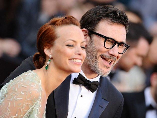 Oscar 2012: Vítězný film Umělec. Na snímku Michel Hazanavicius a Berenice Bejo
