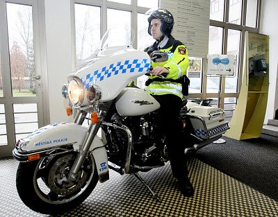 Nové motorky značky Harley Davidson vyzkouší městská policie v Hradci Králové.