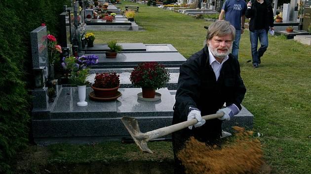 Hřbitov v Říčanech. Ilustrační foto.