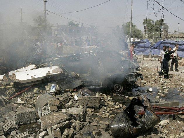 Trosky jedné z bagdádských nemocnic, kterou zasáhla americká raketa