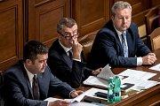 Hlasování o důvěře vlády Andreje Babiše 11. července v Poslanecké sněmovně v Praze. Jan Hamáček, Andrej Babiš, Richard Brabec