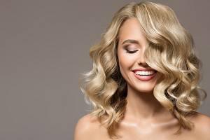 Kvalitní šampon, maska nebo kondicionér jsou důležití pomocníci.