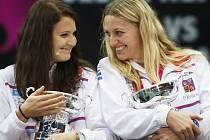 Lucie Šafářová (vlevo) a Petra Kvitová.