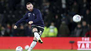Wayne Rooney působil v Derby County nejprve jako hrající trenér.
