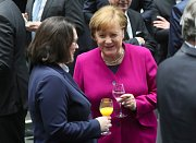 Angela Merkelová (CDU) a šéfka SPD Andrea Nahlesová