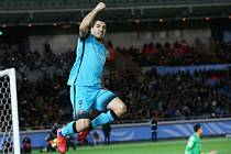 Luis Suárez z Barcelony sestřelil hattrickem v semifinále MS klubů Kuang-čou.