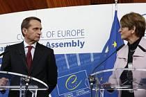 Rusko vyzvalo Parlamentní shromáždění Rady Evropy, aby jeho 18 zástupcům vrátilo hlasovací právo, které jim tento orgán v reakci na ruskou anexi ukrajinského Krymu dočasně odebral.