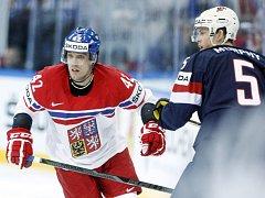 Petr Koukal (vlevo) proti USA.