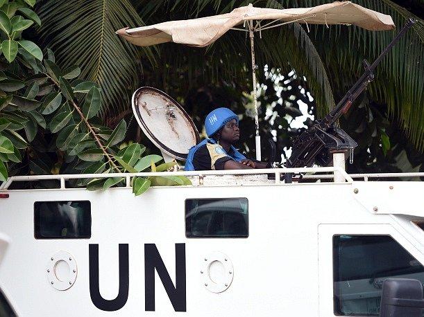 Minulý týden bylo zabito pět příslušníků modrých přileb z Čadu a tři další byli vážně zraněni při útoku na severovýchodě země.