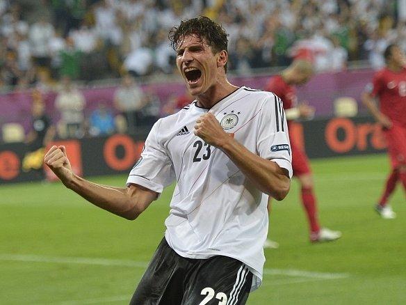 Mario Gomez rozhodl o vítězství Německa nad Portugalskem..