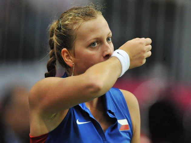Petra Kvitová během fedcupového utkání proti Španělsku.